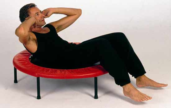 The soft mat of mini trampolines makes it perfect for abdominal exercises lying on rebounders